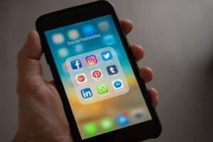 social media helps search
